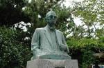 竹内勇之助先生の銅像
