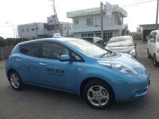 電気タクシー(縮小