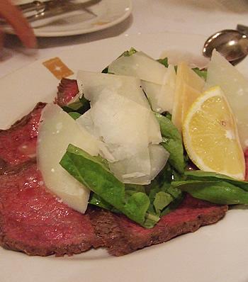 和牛肉のタリアータ