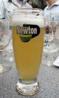 newton_grass