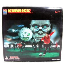 2001-nike-kubrick-02.jpg