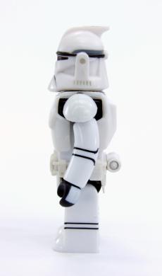 sw-kub9-clonetrooper-ep2-04.jpg