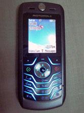 ぢゃーん!Motorola社はデザインがカッコイイ!!