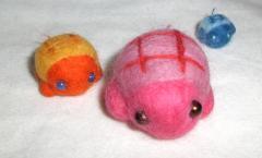 カメの親子3匹 4