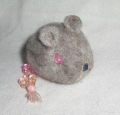 桜しっぽのネズミ 3