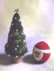 2008 クリスマスツリーと、たまごサンタ