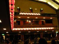 歌舞伎座 左