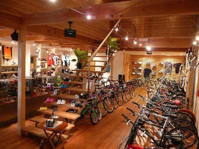 カッコイイ自転車屋さんのイメージ