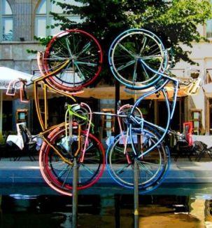 bike①558px-Rauschenberg3