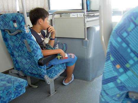 帰りのバス内