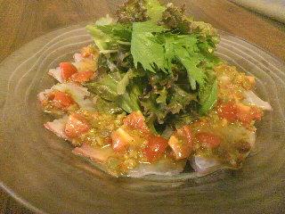 真鯛のカルパッチョ みかん風味ドレッシングのサラダ仕立て