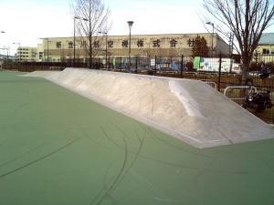 立川スケートパークバンク画像