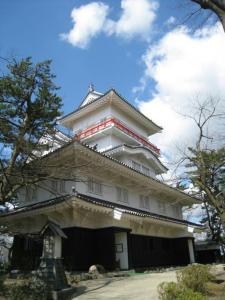 千秋公園内にある御隅櫓です。