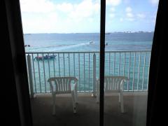 ホテル窓側