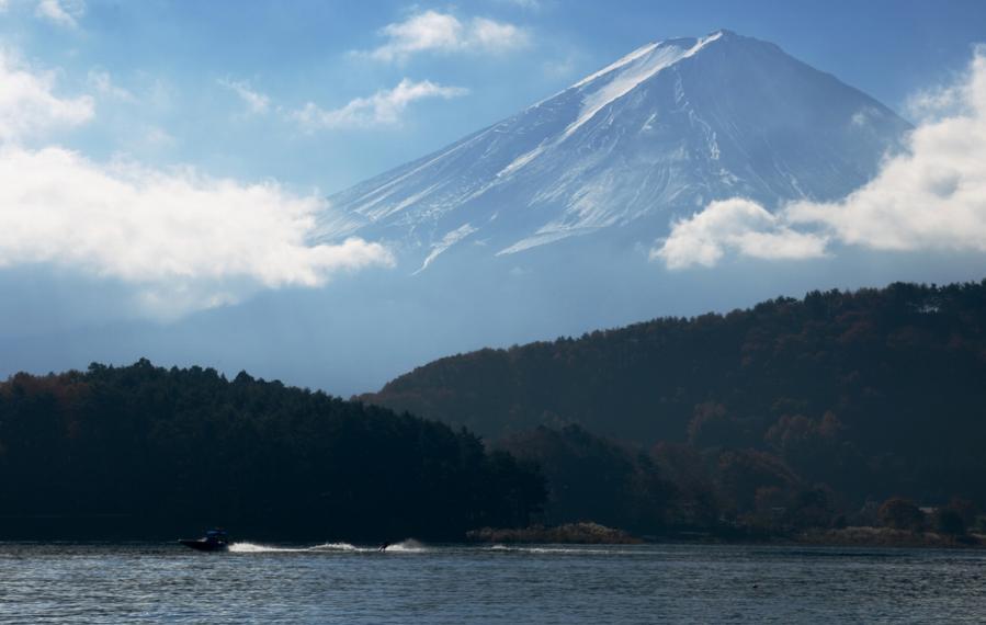 河口湖 薄富士