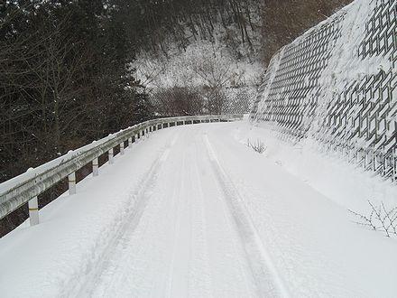 鷹山公園への登り道