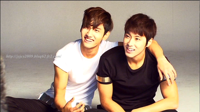11tvxq-0504-kyhd-offshot-107-1.png