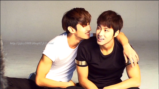 11tvxq-0504-kyhd-offshot-110-1.png