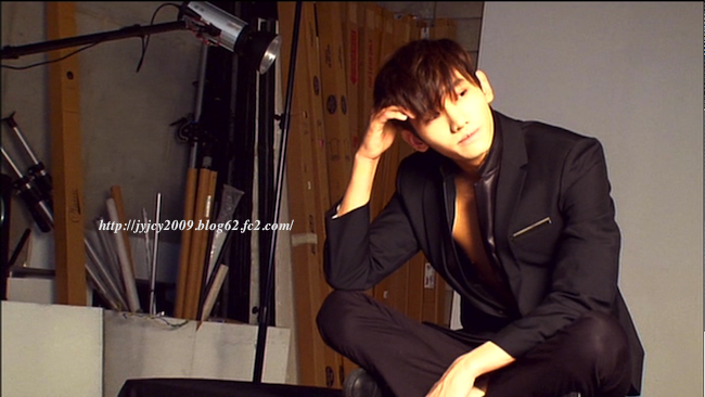 11tvxq-0504-kyhd-offshot-156-1.png