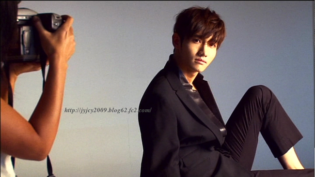 11tvxq-0504-kyhd-offshot-164-1.png