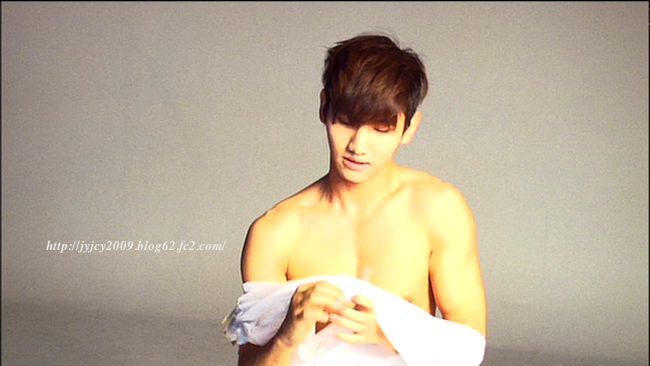 11tvxq-0504-kyhd-offshot-193-1.png