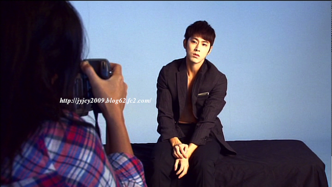 11tvxq-0504-kyhd-offshot-20-1.png