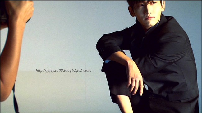 11tvxq-0504-kyhd-offshot-203-1.png