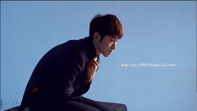 11tvxq-0504-kyhd-offshot-24-2.png