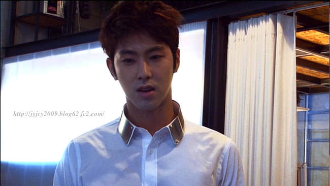 11tvxq-0504-kyhd-offshot-30-1.png