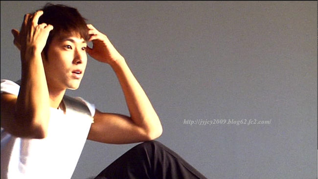 11tvxq-0504-kyhd-offshot-36-1.png