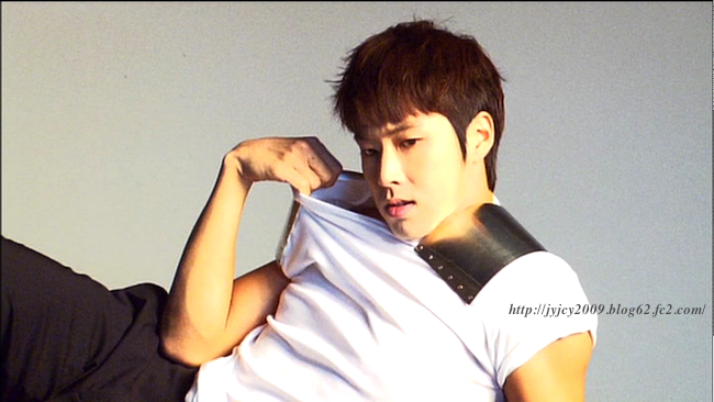 11tvxq-0504-kyhd-offshot-49-1.png