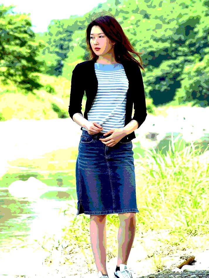 girl02_.jpg