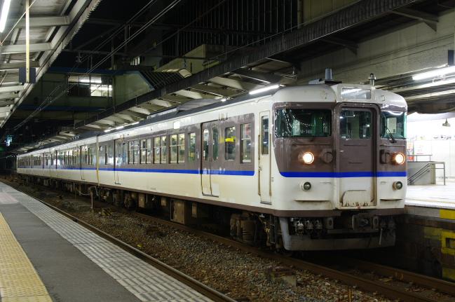 2012年3月20~23日 広島旅行 広島B 2日目 115系