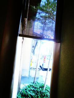 寿や・小窓