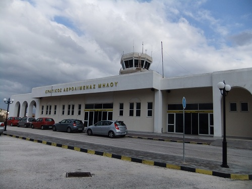 ミロス空港