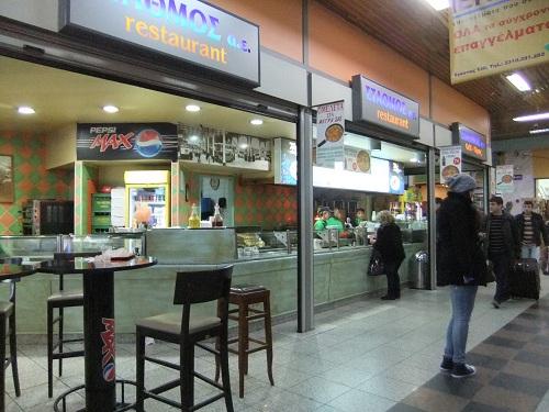 テサロニキ_マケドニア・バスターミナルで