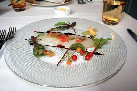 市場厳選本日のお魚と旬のお野菜の一皿