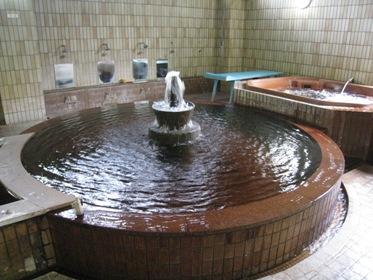 黄金内風呂
