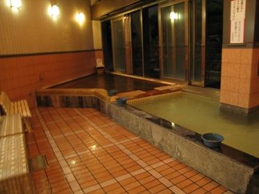 湯の坂内風呂