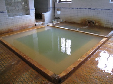 鯉川内風呂