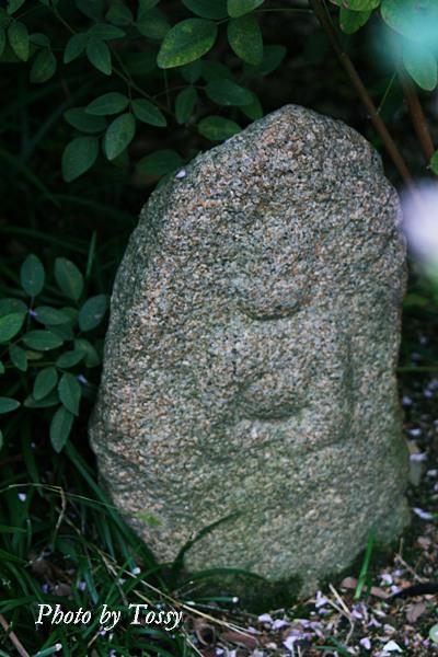 ハギの寺の石仏2