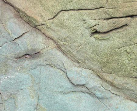 080113へこむ岩