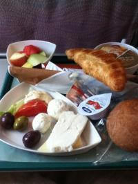 ドバイ パリ機内食