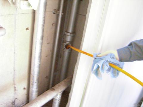 PS内 雑排水管 洗管作業