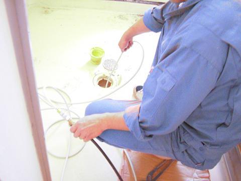 浴室 洗管作業