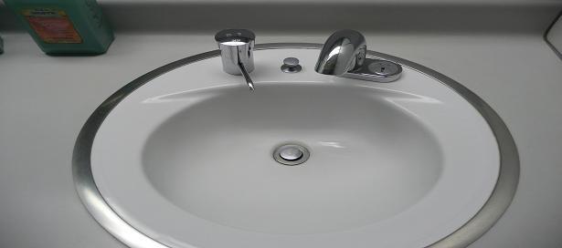 手洗い用自動水栓
