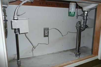 自動水栓用100V電源