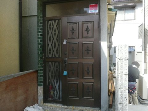 玄関ドア 神戸市長田区