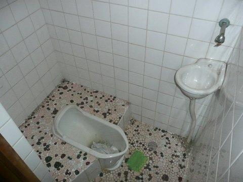 トイレ改修・着工前