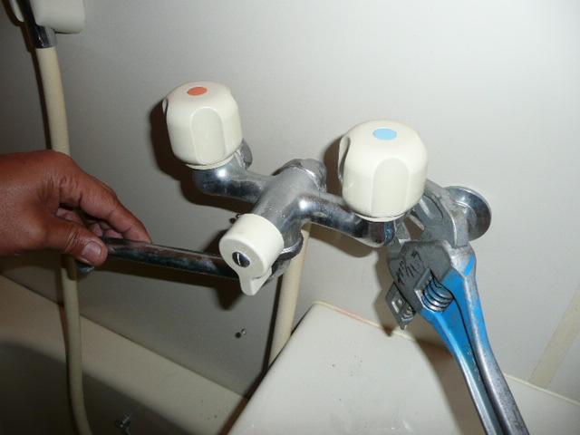 シャワー水栓の取替え